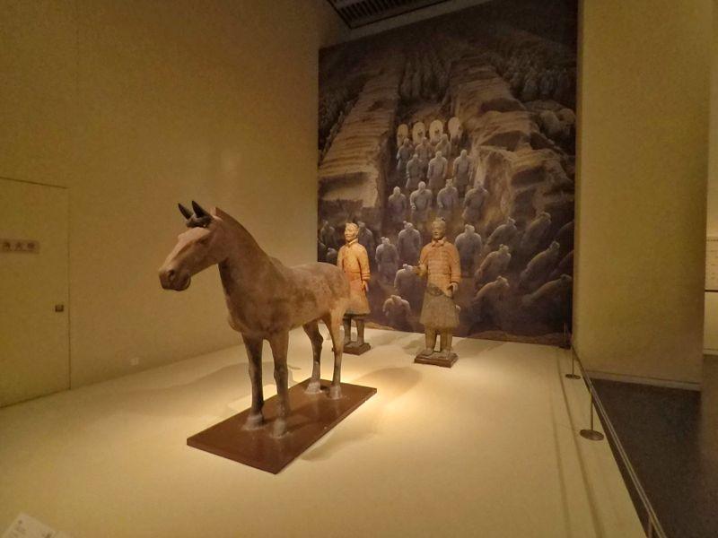 Guerriers de terre cuite au musée national