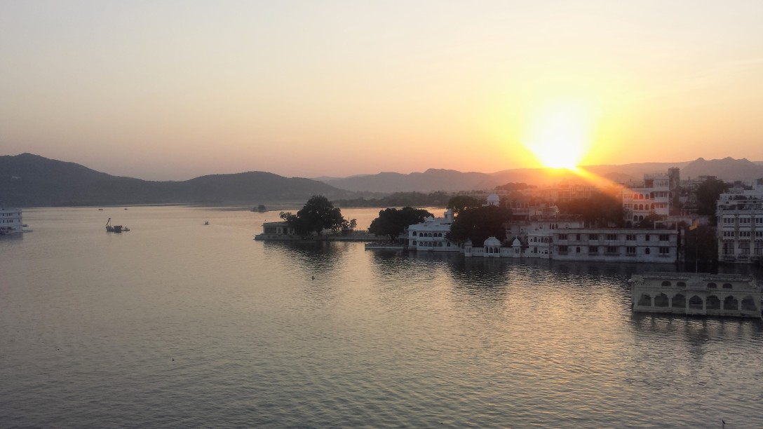udaipur_sunset_inde
