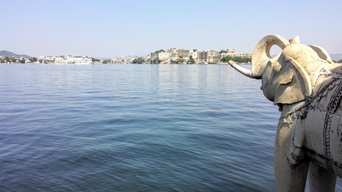 lac_pichola_udaipur_jagmandir