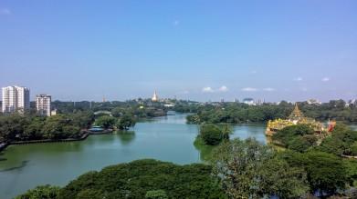 Vue du lac Kandawgyi