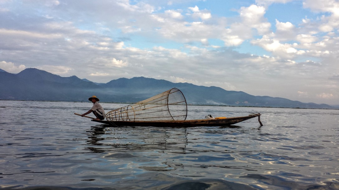 lac_inle_pecheur