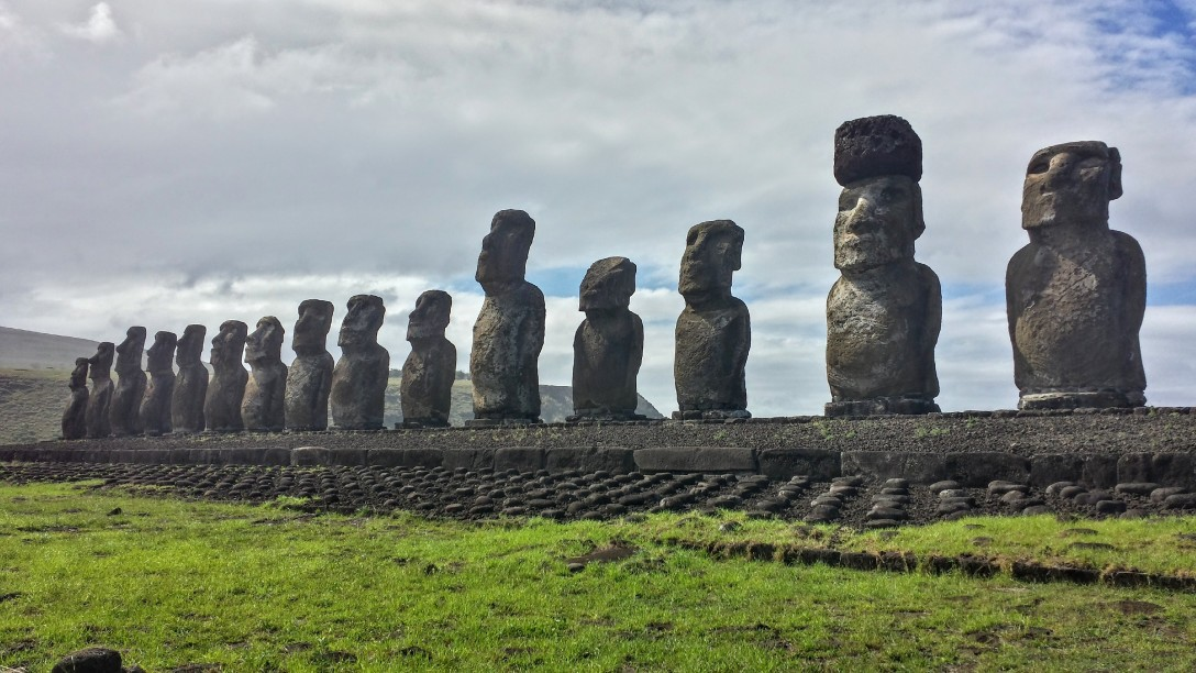 moai_ahu_tongariki_ile_paques